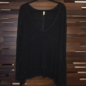 FREE PEOPLE -Distressed Scoop Neck Thermal Sweater